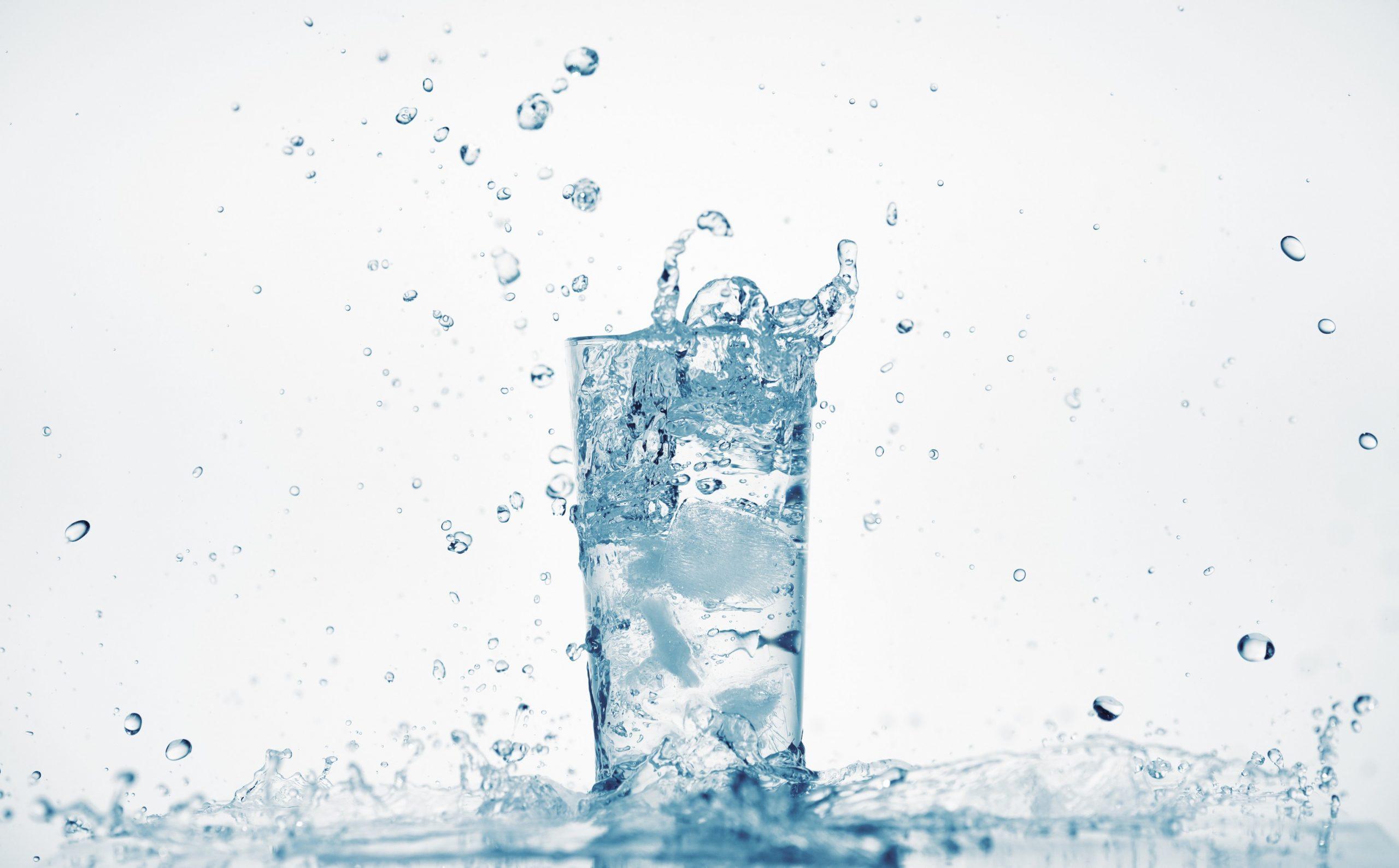 Drinking Water in Seattle | Water Service | Beverage Vending Machine